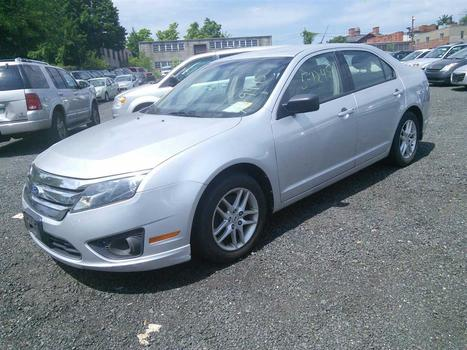 2011 Ford Fusion S (Hartford, CT 06114)