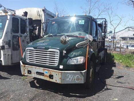 2011 Freightliner M2 106 (Brooklyn, NY 11214)
