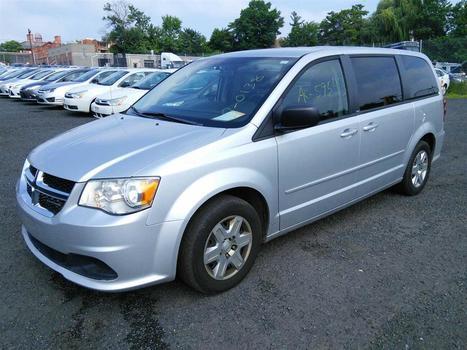2012 Dodge Caravan 7 Passenger Van (Hartford, CT 06114)