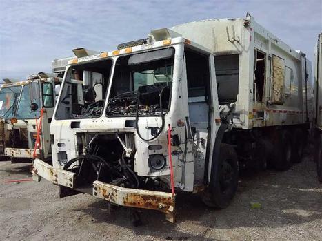 2012 Mack Leu613 (Medford, NY 11763)