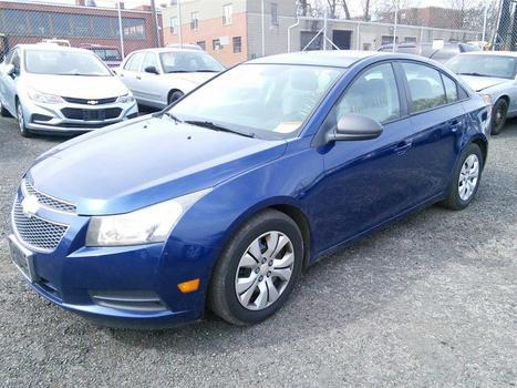 2013 Chevrolet Cruze (Hartford, CT 06114)
