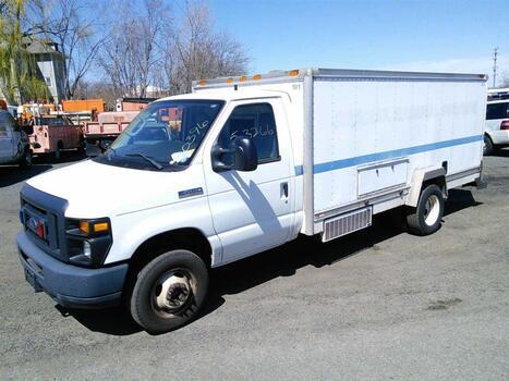 2013 Ford E450 (Hartford, CT 06114)