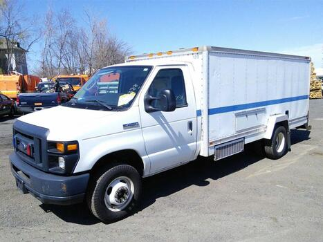 2013 Ford E450 (Hartford, CT 06114)