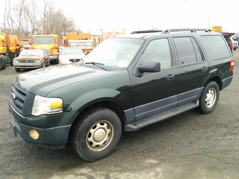 2013 Ford Expedition (Hartford, CT 06114)