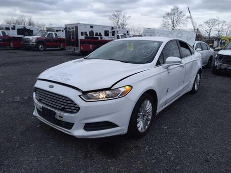 2013 Ford Fusion Hybrid (Brooklyn, NY 11214)