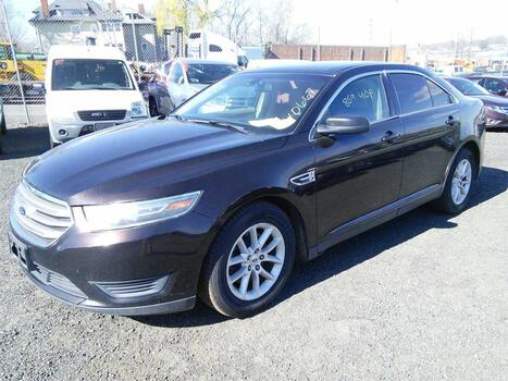 2014 Ford Taurus (Hartford, CT 06114)
