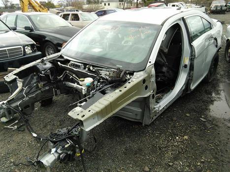 2014 Ford Taurus (Hartford, CT 06114)