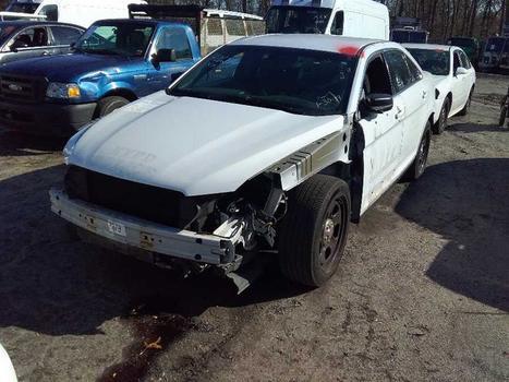 2014 Ford Taurus NGPI (Medford, NY 11763)