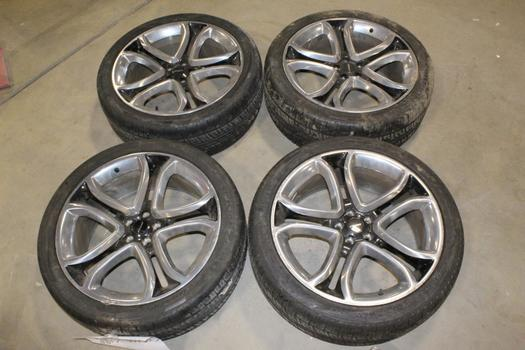 """2014 Lincoln MKX 22"""" Wheels with Tires, 4 Pieces"""