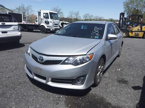 2014 Toyota Camry (Brooklyn, NY 11214)