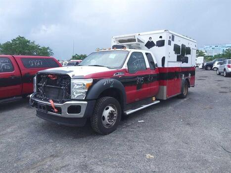 2015 Ford F450 (Brooklyn, NY 11214)