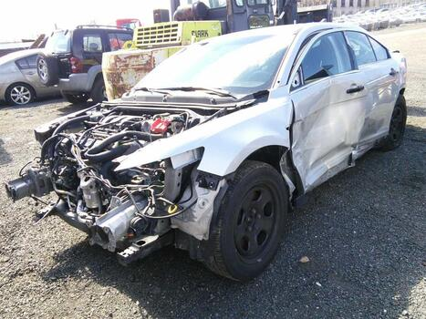 2015 Ford Taurus (Hartford, CT 06114)