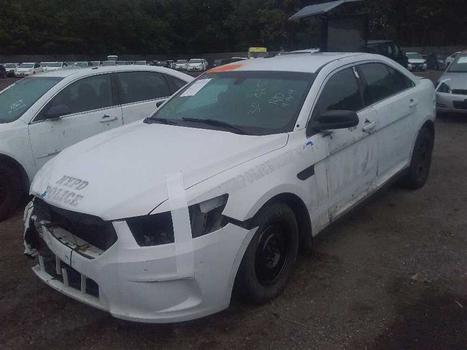 2015 Ford Taurus NGPI (Medford, NY 11763)