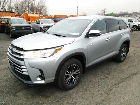 2019 Toyota Highlander (Hartford, CT 06114)