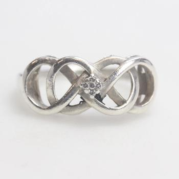 3.22g Silver Ring With Diamond Accents