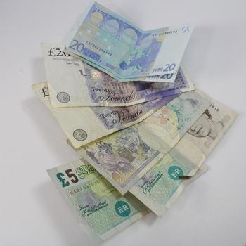 55 pound to euro