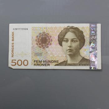500 Norwegian Kroner