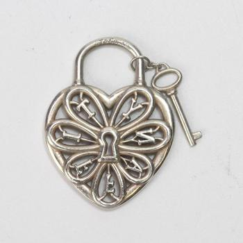 5.70g Silver Tiffany & Co Heart Lock And Key Pendant