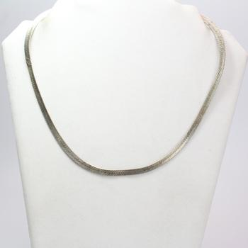 .830 Silver Necklace, 17.70g