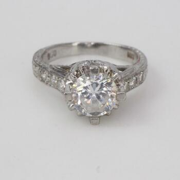 .900 Platinum Diamond Clear Stone Ring 7.1g
