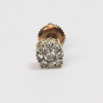 9kt Gold .7g Diamond Earring