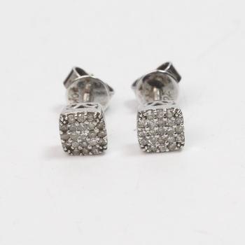 9kt White Gold 1g Diamond Earrings
