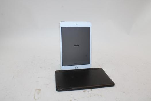 Apple IPad 4th Gen, 32GB, Unknown Carrier, Activation Locked, Sold For Parts