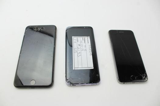 Apple IPhone Lot, 3 Pieces, Sold For Parts
