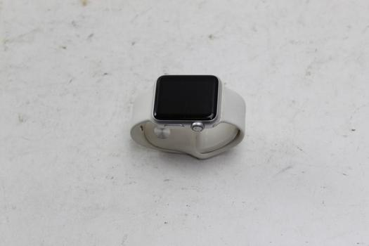 Apple Watch Sport 7000 Series, 38mm Aluminun, White Sports Band (Size S/M)