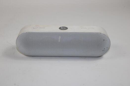 Beats Pill + White Speaker
