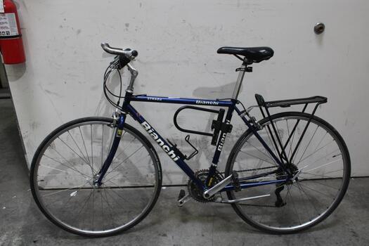 Bianchi Strada Road Bike