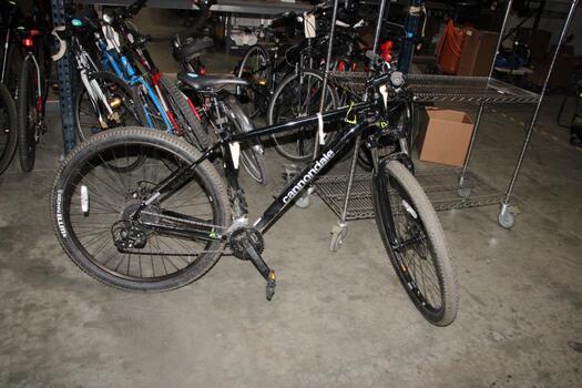 Black Cannondale Mountain Bike