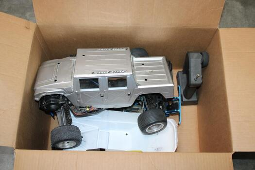 Bulk Lot Of RC Car Parts Selling For PARTS ONLY