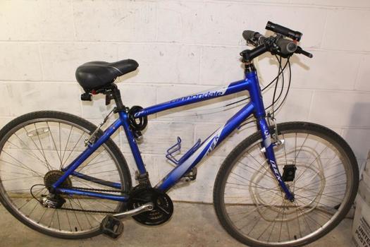 Cannondale Quick Hybrid Bike