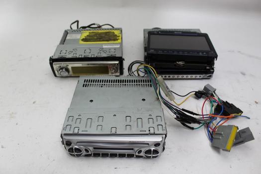 Car Stereos: Namsung DB1200, Panasonic CQ-DF602U, Clarion VRX925VD: 3 Items