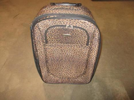 Charley Sport Standing Rolling Suitcase