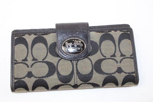 Coach Slim Wallet With Logo Clip