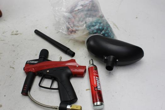 Cybrid Paintball Gun With Canister, Co2 Tank And Paintballs 4 Pieces