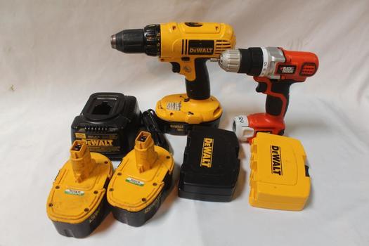 Dewalt And Black & Decker Power Tool Bulk Lot, 7  Pieces