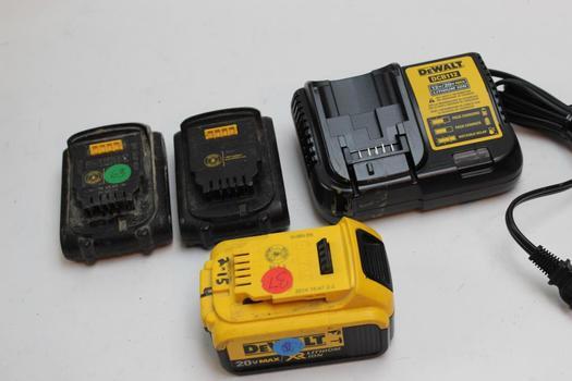 Dewalt  Batteries And Charger 4 Pieces