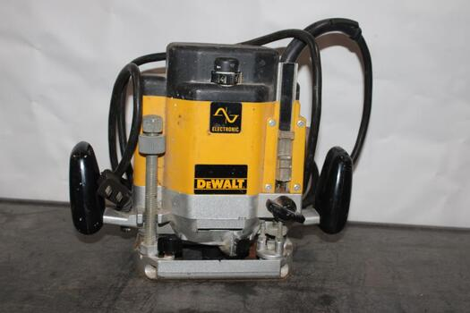 DeWalt Router Plunge Base DW625