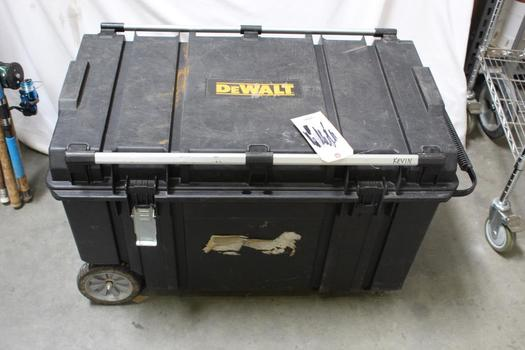 Dewalt Tool Chest With Roofing Brackets, 10+ Pieces