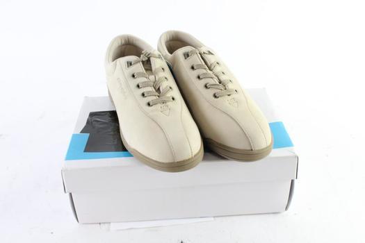 Easy Spirit AP1 Womens Shoes, Size 9.5