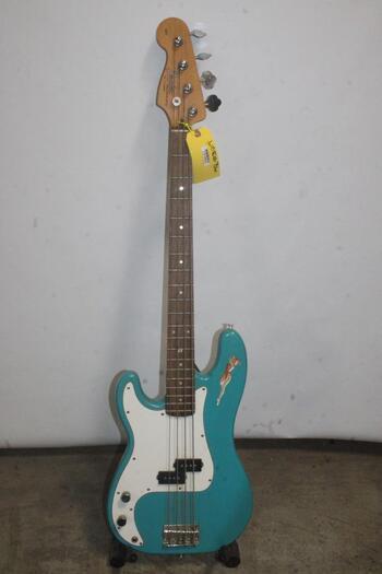 Fender Precision Bass Squier Series- Aqua Blue