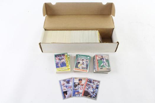 Fleer Baseball Cards, 200+ Pieces