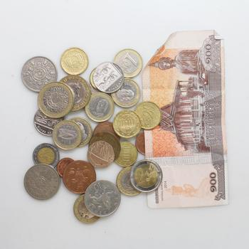 Foreign Currency, 20+ Pieces