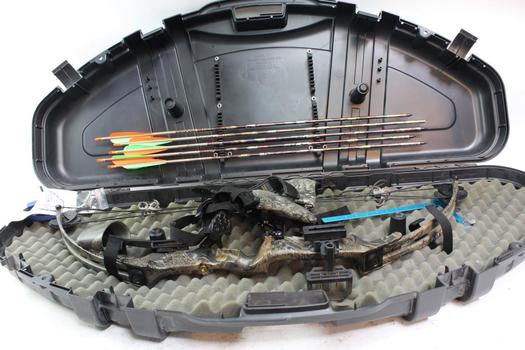 Fred Bear Buck Fever Compound Bow With Case And Accessories