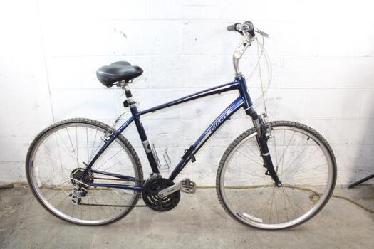 Giant Cypress Hybrid Bike
