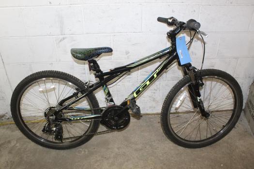 GT Outpost Mountain Bike