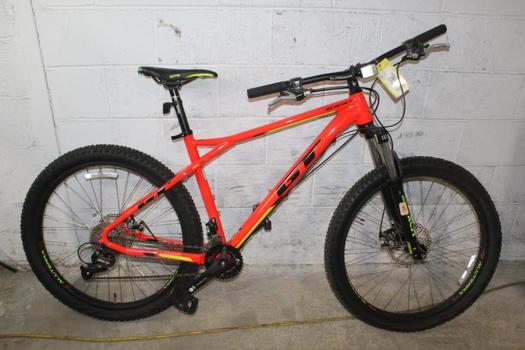 GT Ricochet Mountain Bike